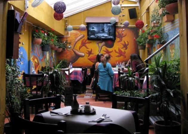 Bogota Colombia - Travel Guide - Usaquen - www ...
