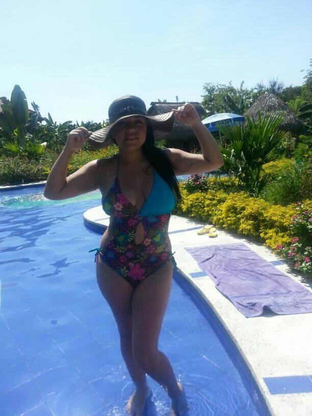 liz4-latin-women-latinas-dating-matchmaking-colombian-women-latin-single-latina-colombian-women