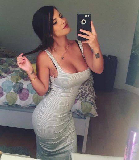 Hot Latin women